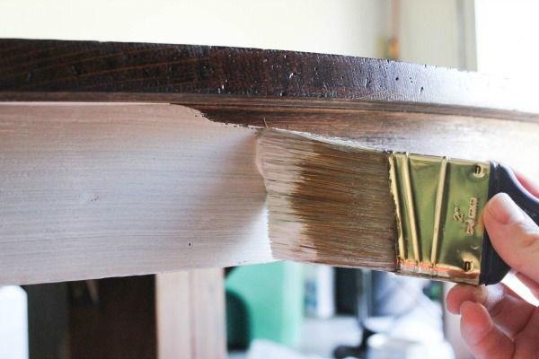 sơn lại tủ gỗ
