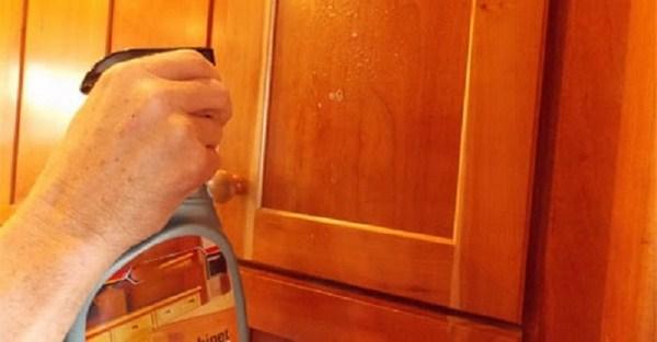 Cách khử mùi sơn tủ gỗ