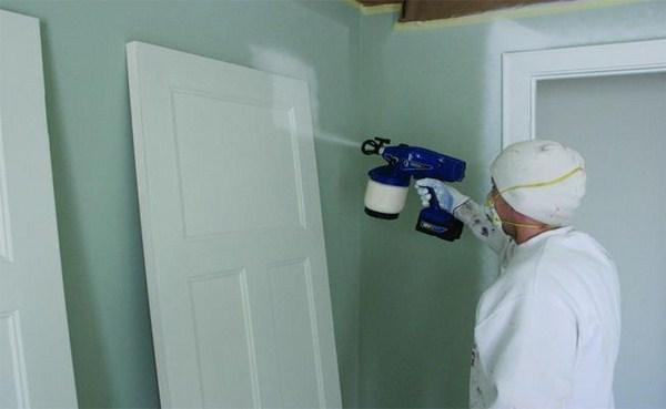 Phun sơn tủ gỗ